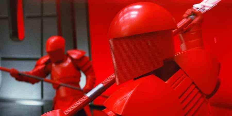 snokes-praetorian-guards-in-star-wars-the-last-jedi